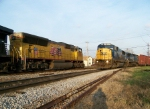 CSX 8727 & UP 3798