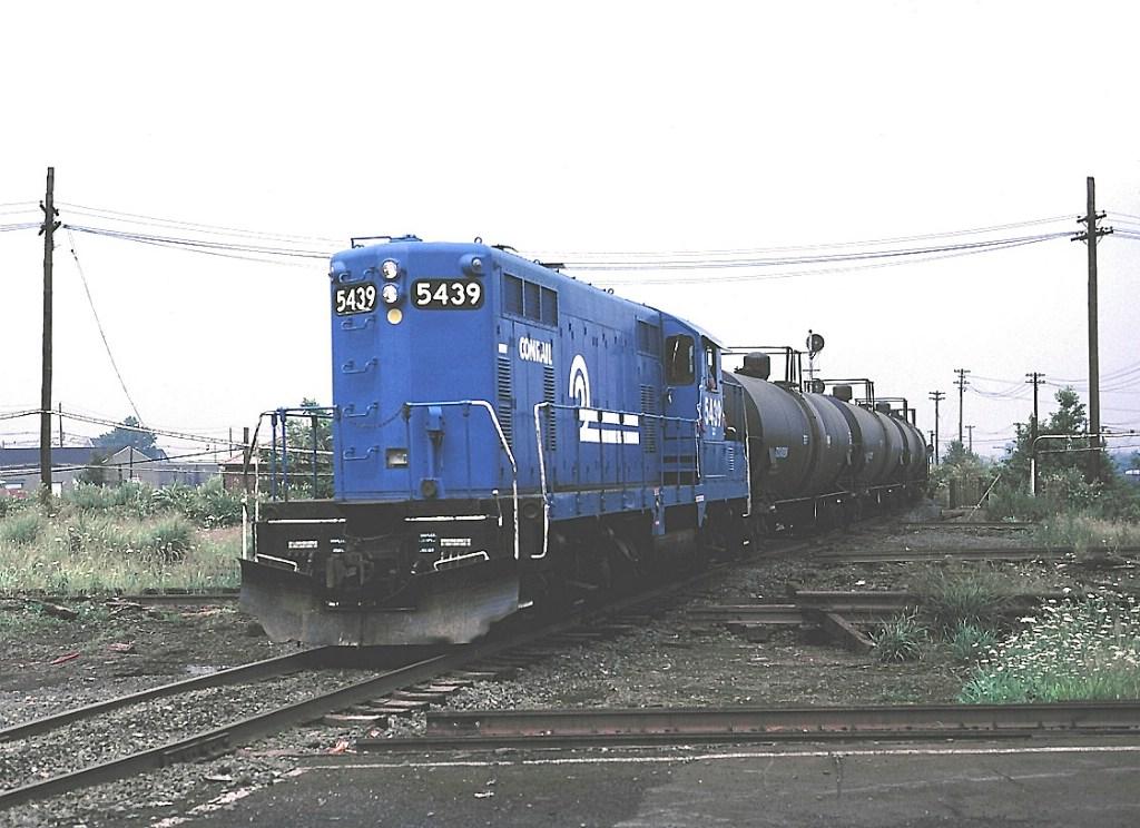 "CR 5439 ""crosses"" CNJ main"