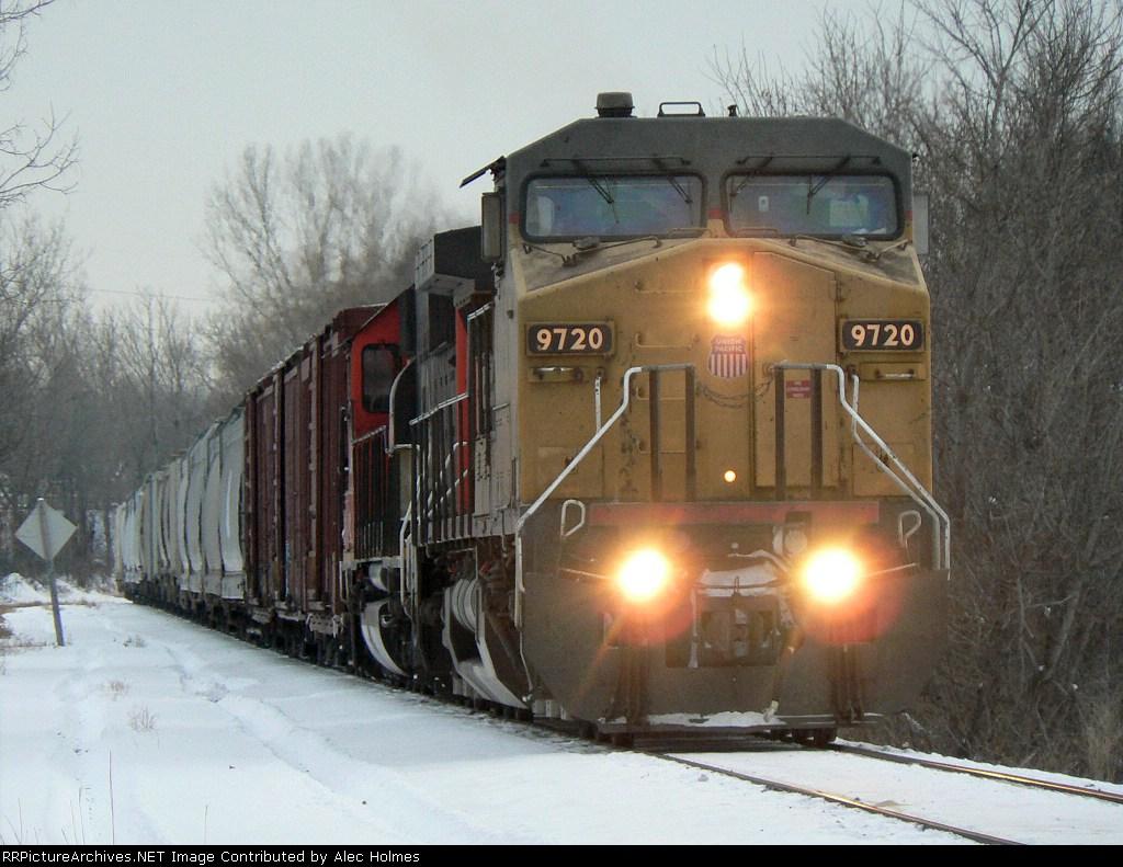 UP 9720