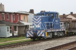 Allegheny Ludlum intra plant switcher runs a transfer move in town