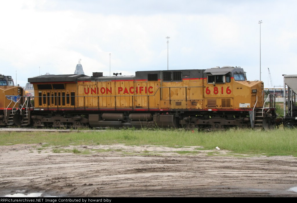 UP 6816 helps pull a coal train out of the McDuffie Island coal terminal
