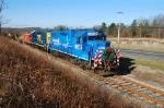 The 5290 leads the Conrail Browns Yard Santa Train through the Battlefield