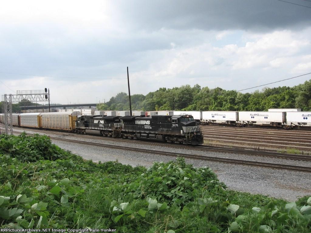SB autorack/intermodal train