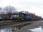 NS 7536 and (ex-conrail) NS 8410