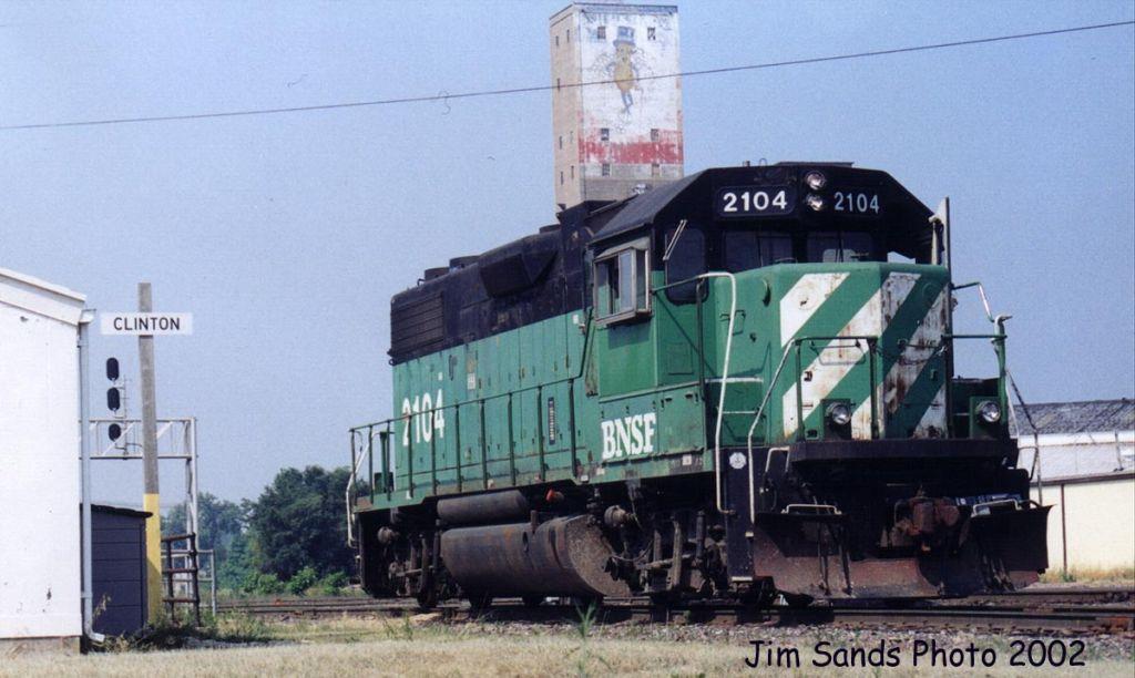 BNSF 2104 2002