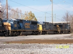 Three pack of CSX engines lead Alabama Tennessee River train