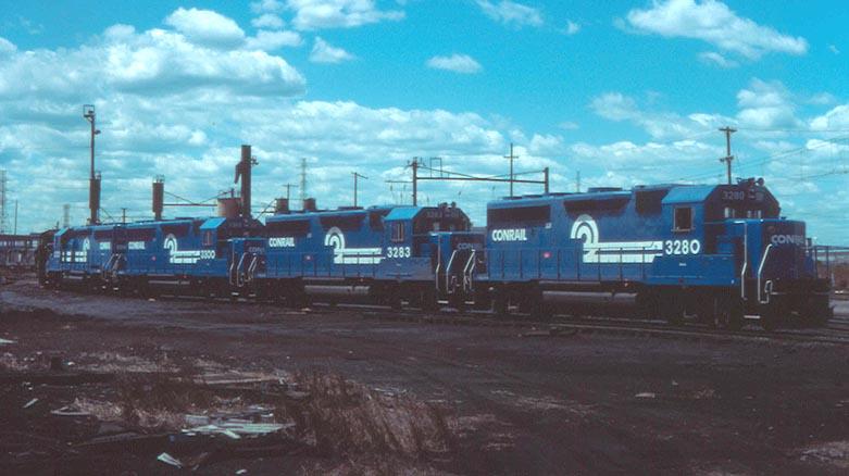 Conrail GP40-2's
