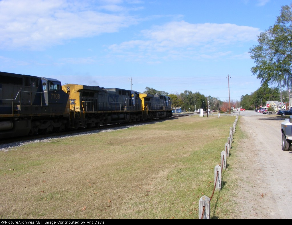 CSX appoarching the Main St. Crossing