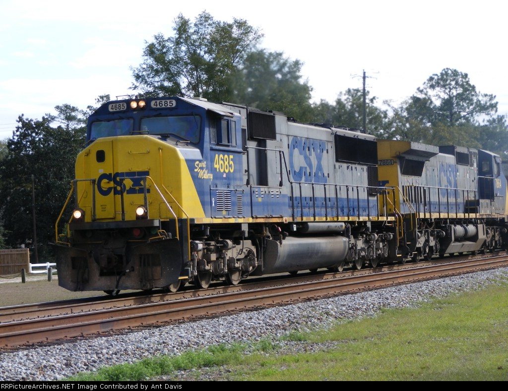 Another shot of CSX 4685