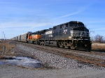 NS 9693 and BNSF 8057