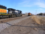 NS 9693 and BNSF 4118