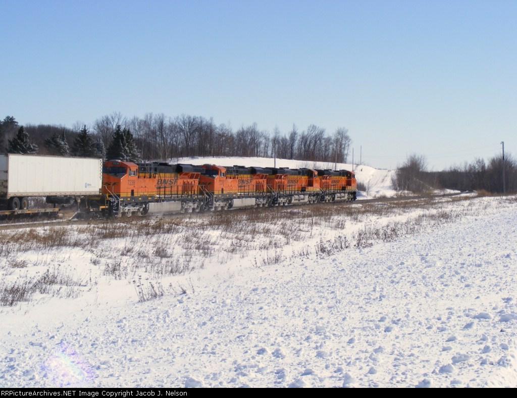 BNSF 7236-7239...All in a row!