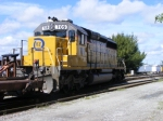 FEC 709 working the yard as train 670