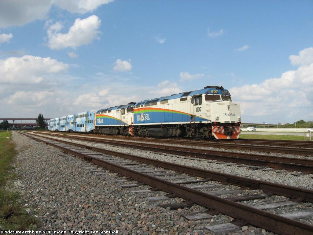 Tri-Rail P668