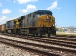CSX K951 rolls south past the airport