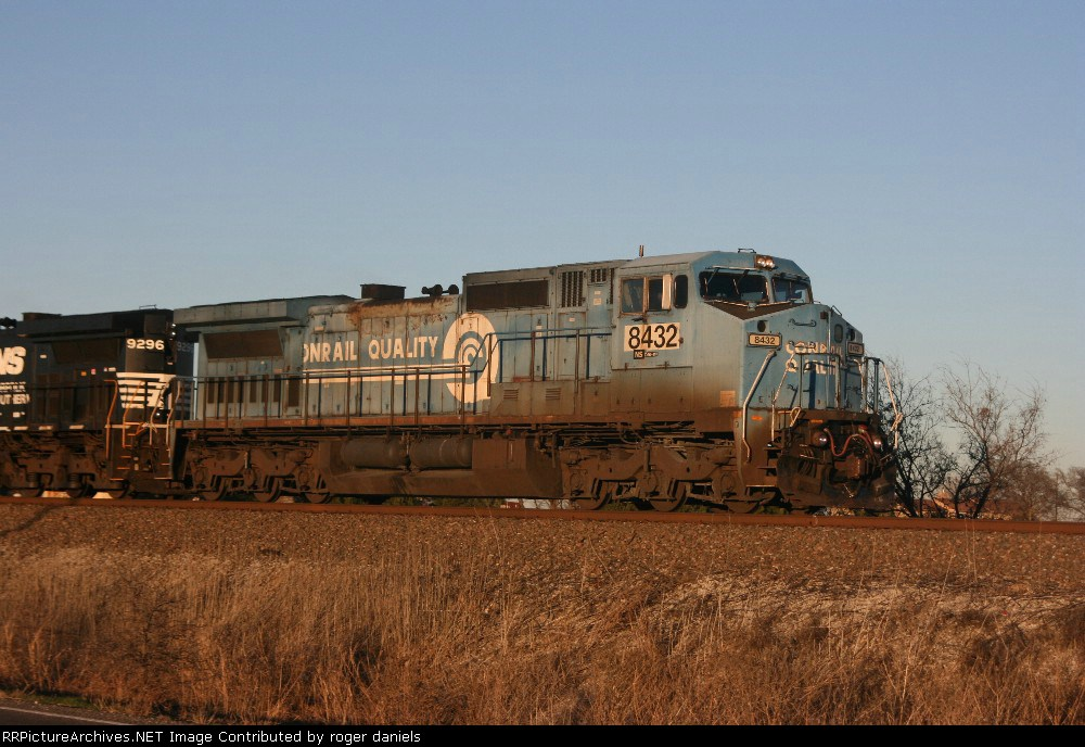 NS 8432