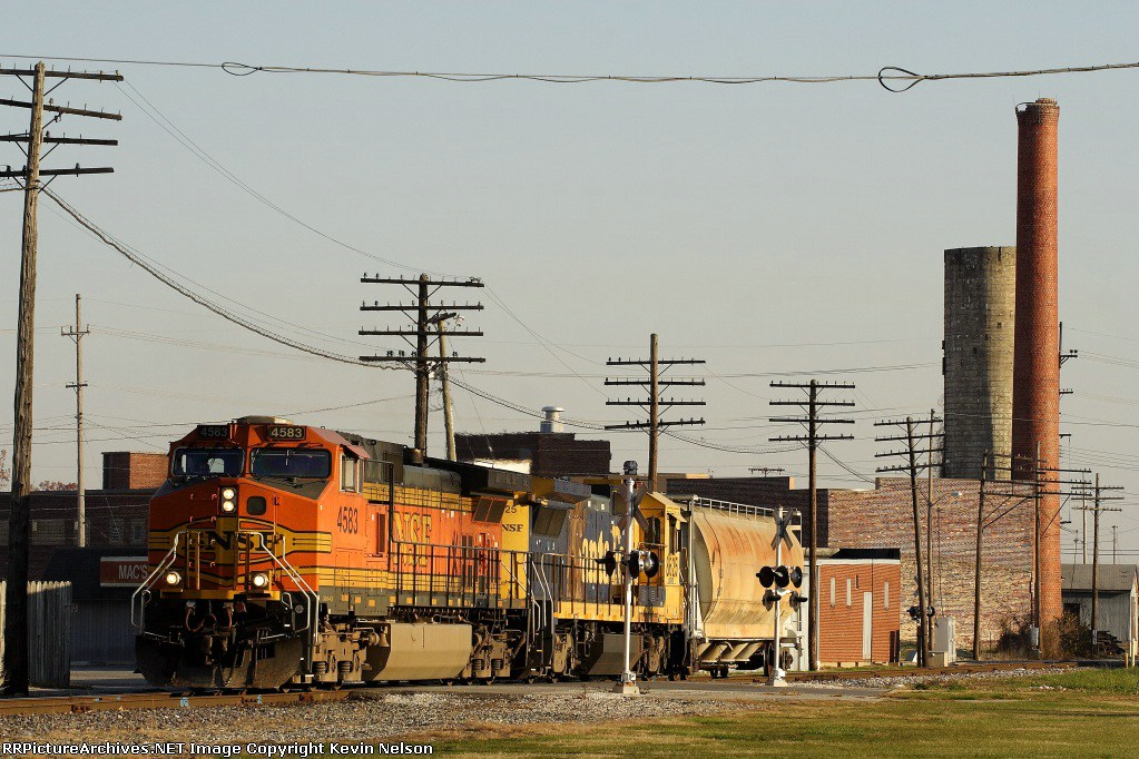 BNSF 4583 C44-9W