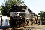 NS 2728 SD70M-2