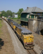 214 Passing the old CNJ station