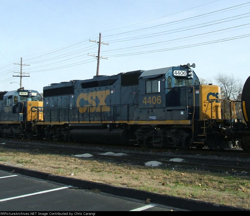CSX 4406 on CA11