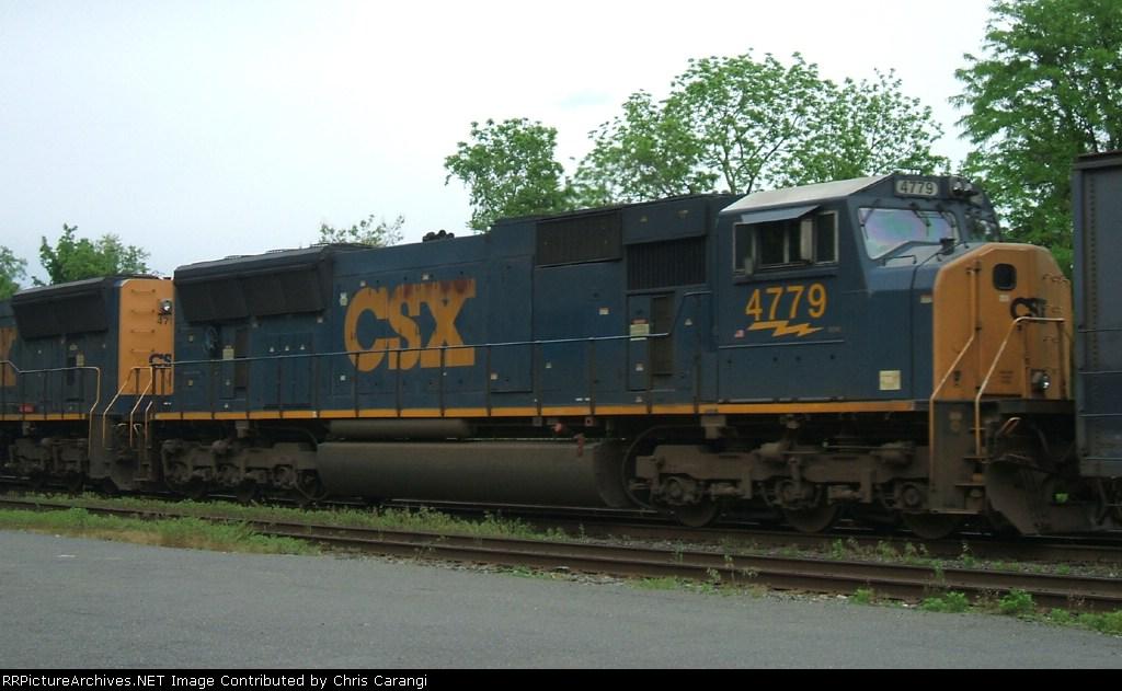 CSX 4779 trails on Q410