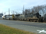NS 8814 & CSX 8829 power CA-11