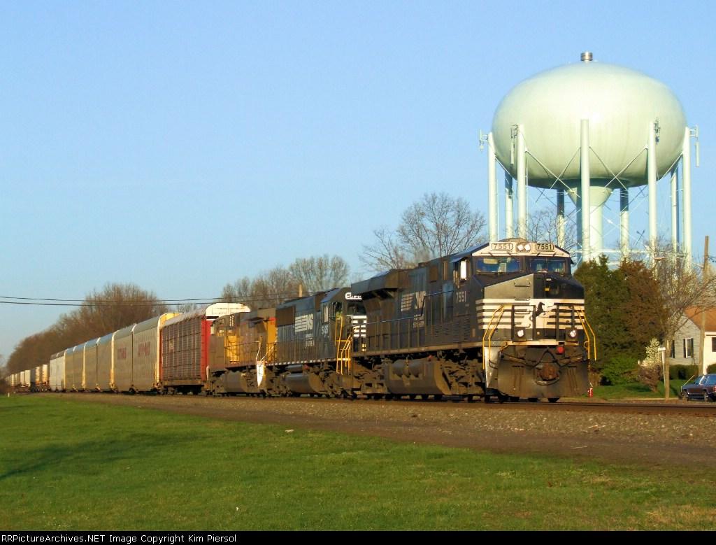 NS 7551 Train 212