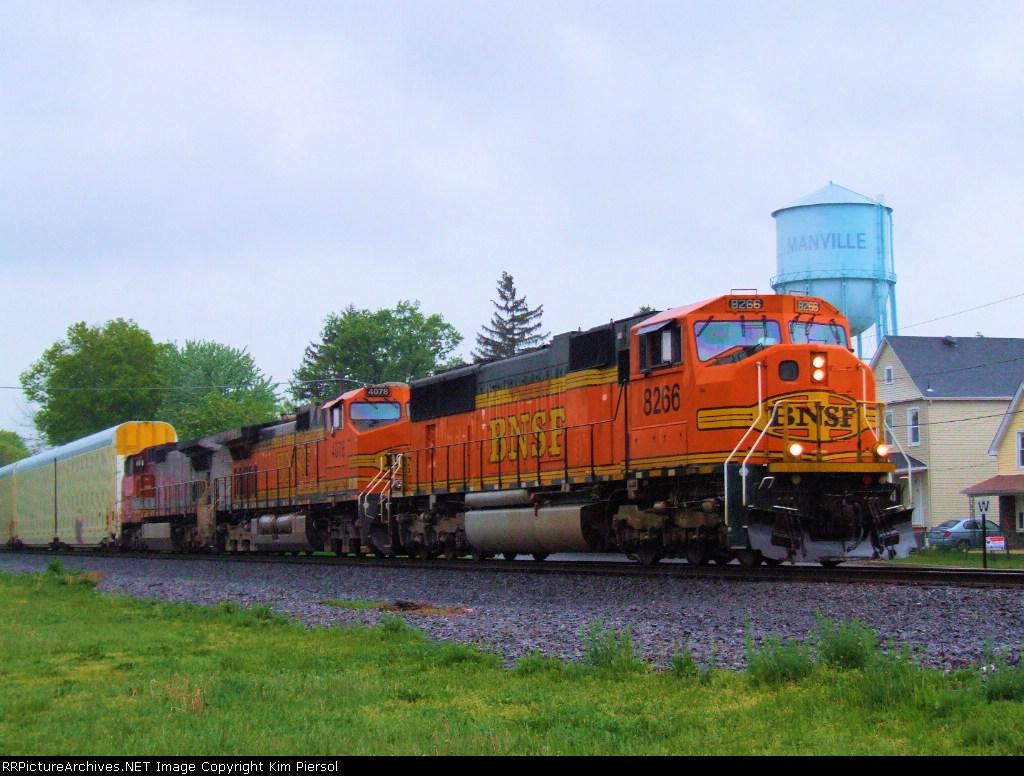 BNSF 8266 NS Train 212