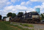 NS 9831 Train 212