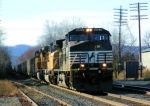 NS 9527 82T Coal Drag
