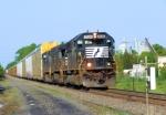 NS 2526 Train 212