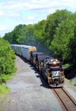 NS 8828 Train 212