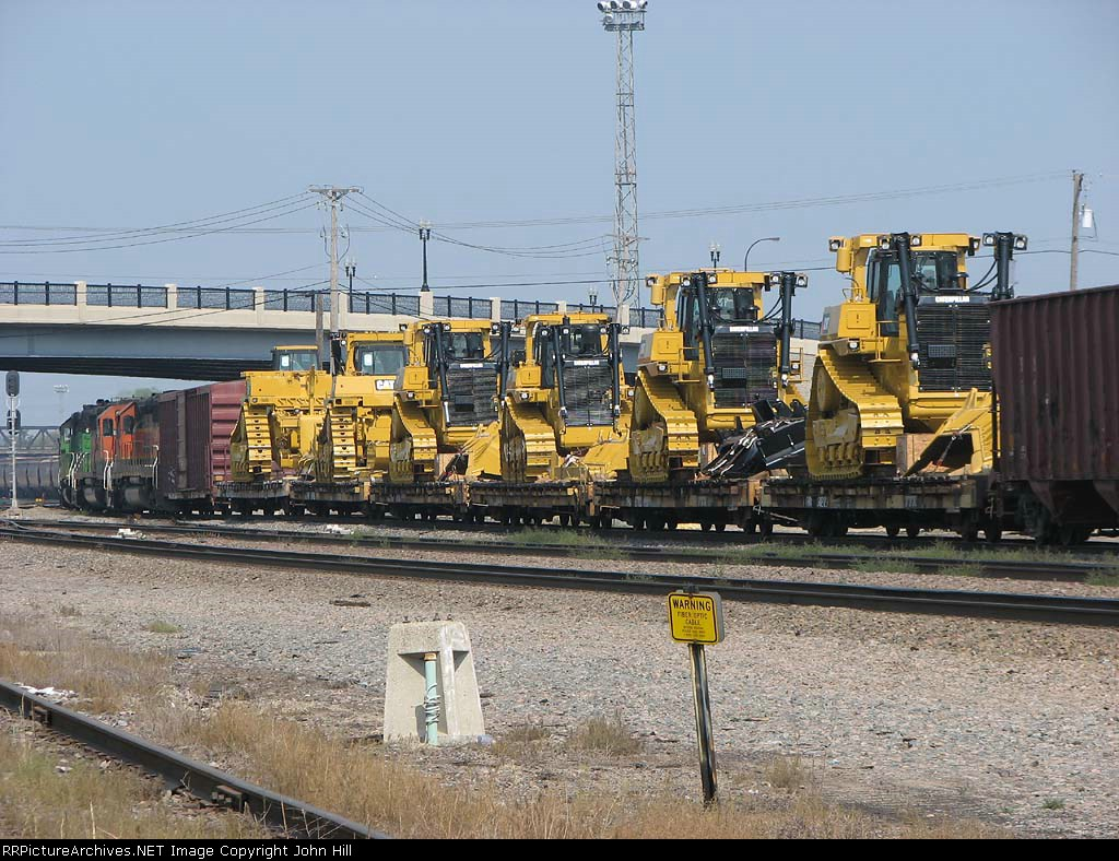 """080901010 Westbound BNSF freight with """"High-wides"""" at Northtown CTC University"""