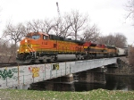 08112730 Westbound BNSF freight approaches Nicollet Island on Wayzata Sub.