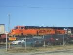 BNSF 7636 ES44DC