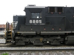 NS 8885, reporting as a C40-9W