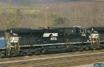 NS 7692 (38Q)