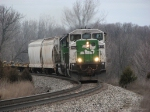 BNSF 8113 leads Q326 east from Fox