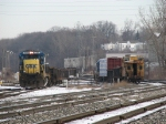 Y194 waits for a signal while K502 enters the yard