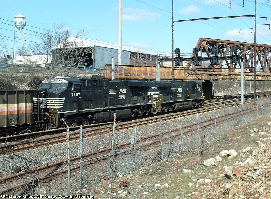 NS 9957 67V