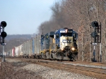CSX 8471 on Q300