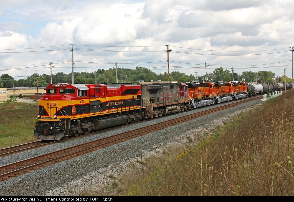 KCS 4100 on CSX Q381-06