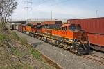 BNSF 1055 on CSX Q380-24