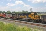 BNSF 8717 on CSX Q381-07