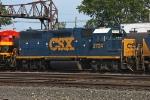 CSX 2724 on CSX Q263-23