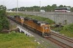UP 4323 on CSX Q364-26