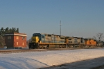 CSX 7577 on CSX Q371-15