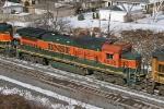 BNSF 8635 on CSX Q380-15