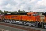 BNSF 7432 on CSX Q381-06
