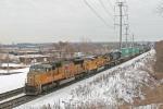 UP 5069 on CSX Q113-01
